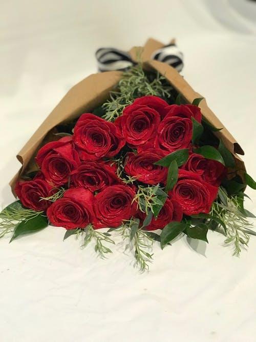 Dozen Red Roses Hand tied
