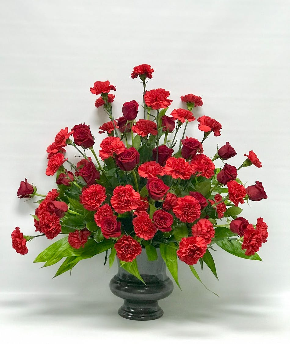 Red tribute tulsa funeral flowers same day delivery all red funeral flower arrangement izmirmasajfo