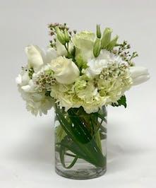 Seasonal white flowers.