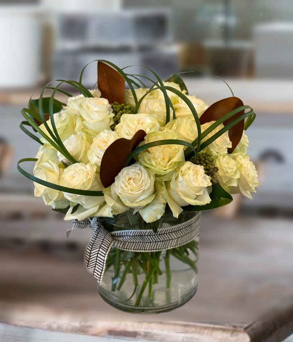 36 Modern White Roses Tulsa Ok Flower Delivery