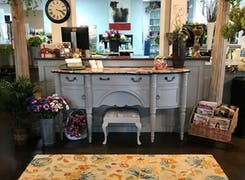 In addition to flowers and plants, Beneva offers a range of gifts and furnishings